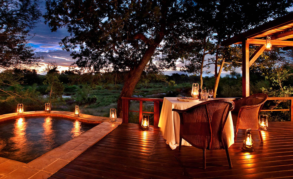 Kruger-lion-sands-tinga-lodge
