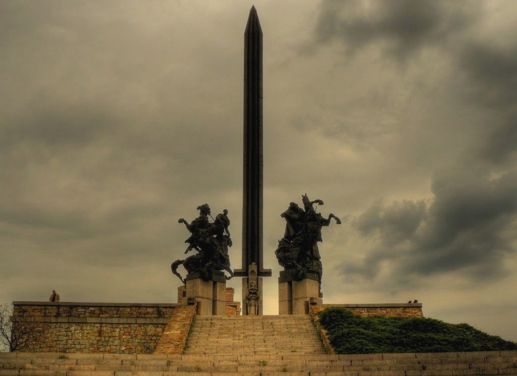 Monumentul Asenilor
