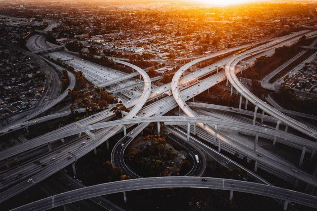 Los Angeles highways SUA