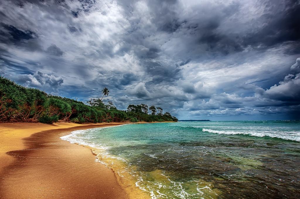 Puket island in rain