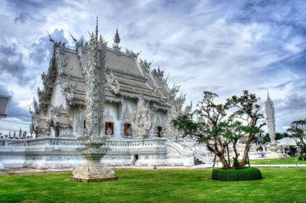 Templul alb Wat Rong Khun