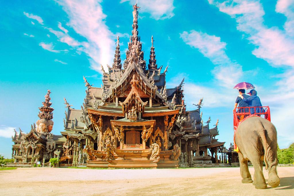Sanctuarul Adevarului Pattaya
