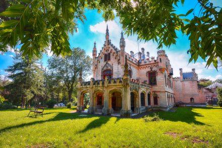 Palatul Sturdza Miclauseni